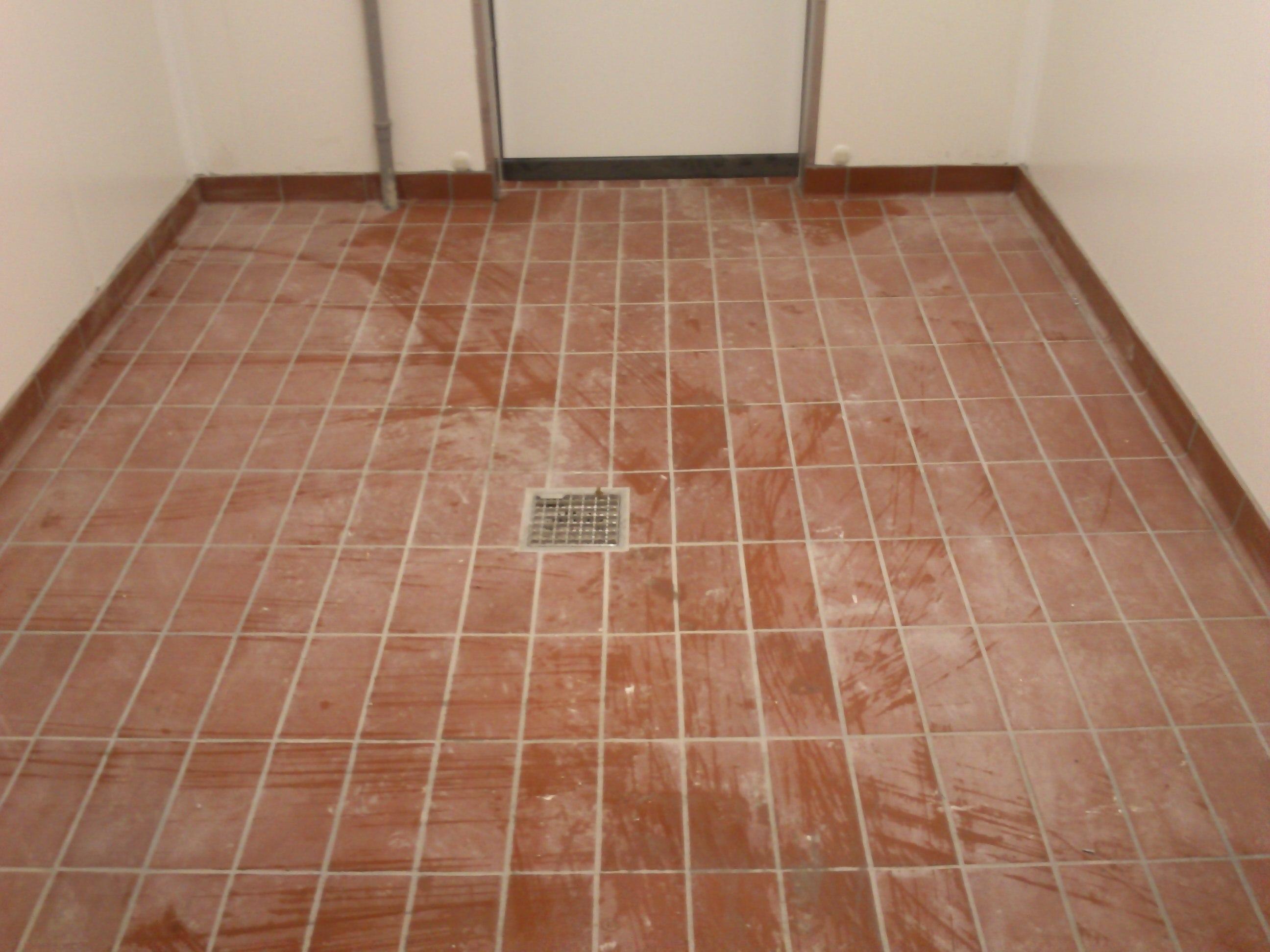 Strojové čistenie podlahy Trnava